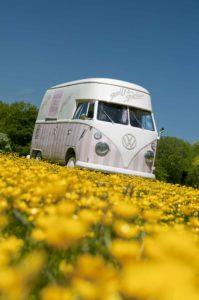 Polly's Parlour Vintage Ice Cream Van Hire C&C