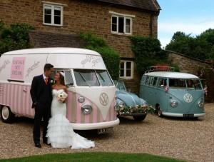 Pollys Parlour Vinatge ice Cream Van hire