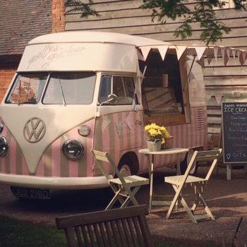 Pollys Ice Cream Parlour VW Splitty